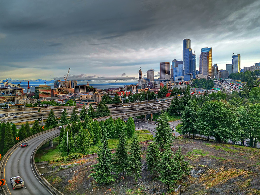 cloudy and rainy day in seattle washington