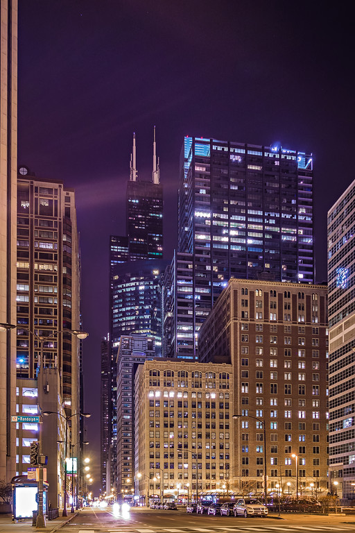 scenes around city of CHicago Illinois at night