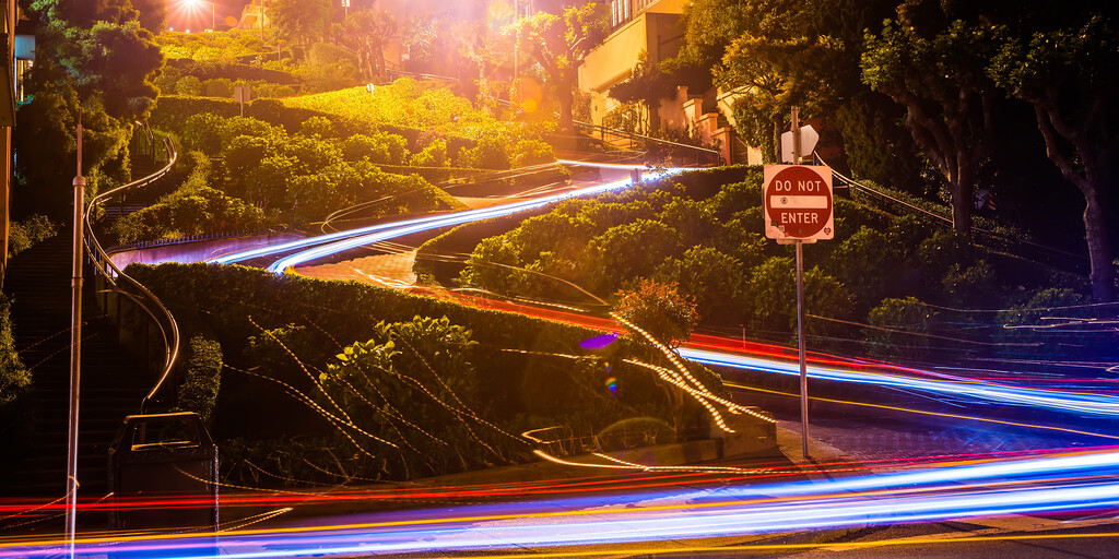 lombard street on russian hill at night in san francisco california