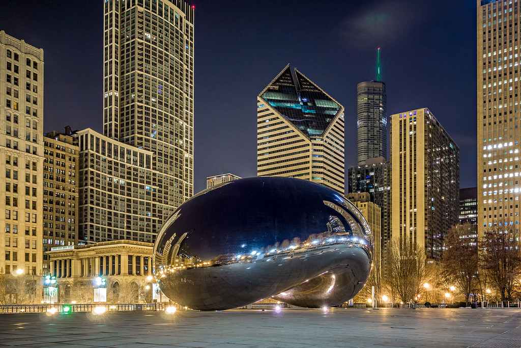 scenes around city of CHicago Illinois at night