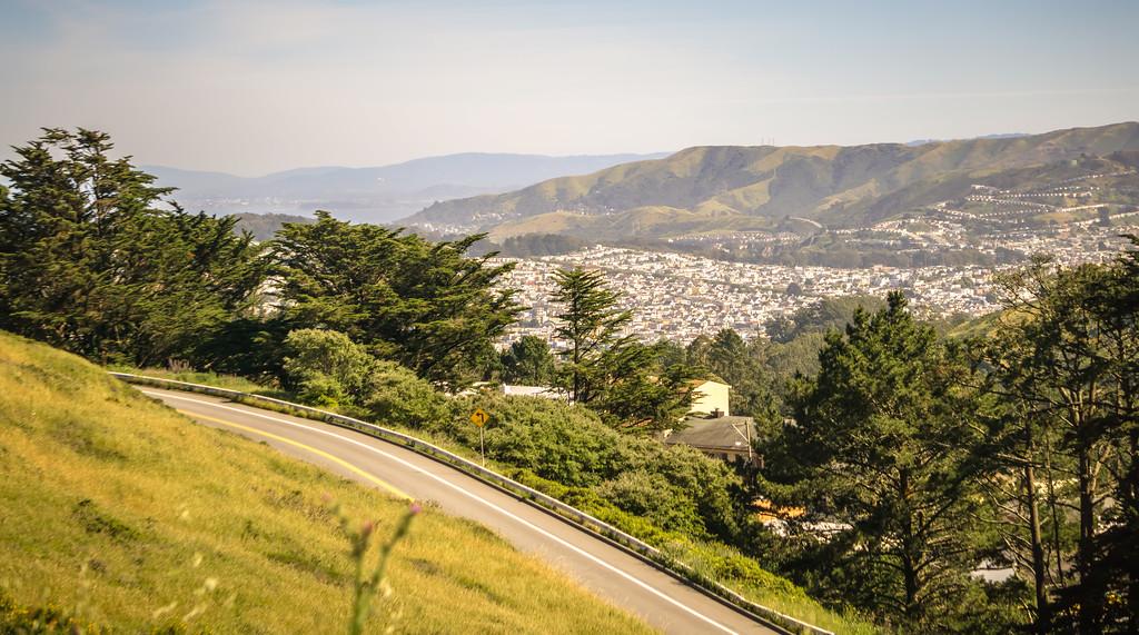 san francisco city neighborhoods and street views on sunny day