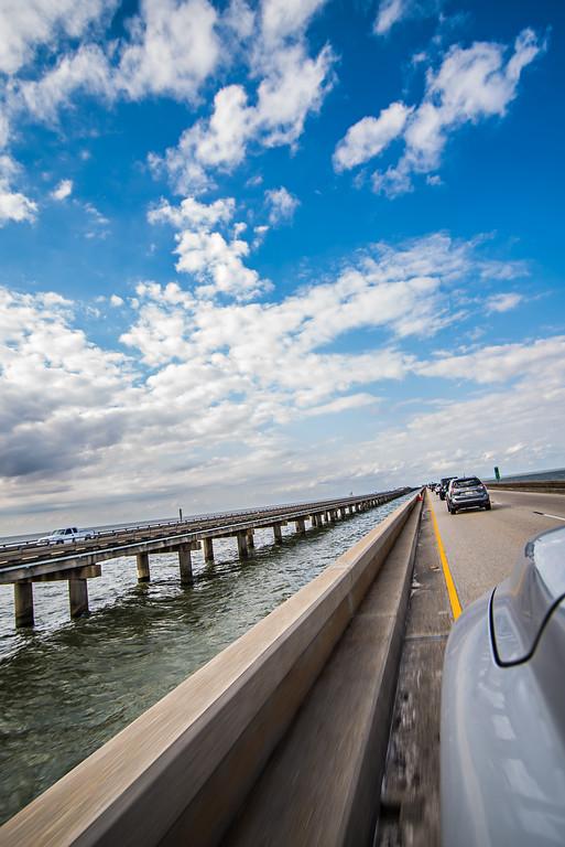 driving across lake pontchartrain causeway near new orleans