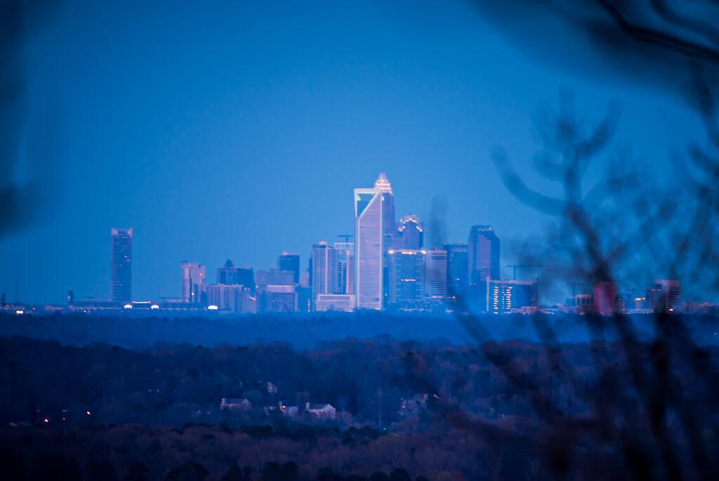 charlotte north carolina city skyline and surroundings