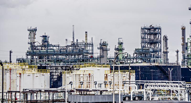 petrol refinery chemical plant near detroit michigan