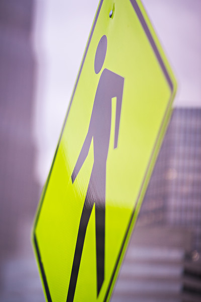 pedestrian crossing sign in the city