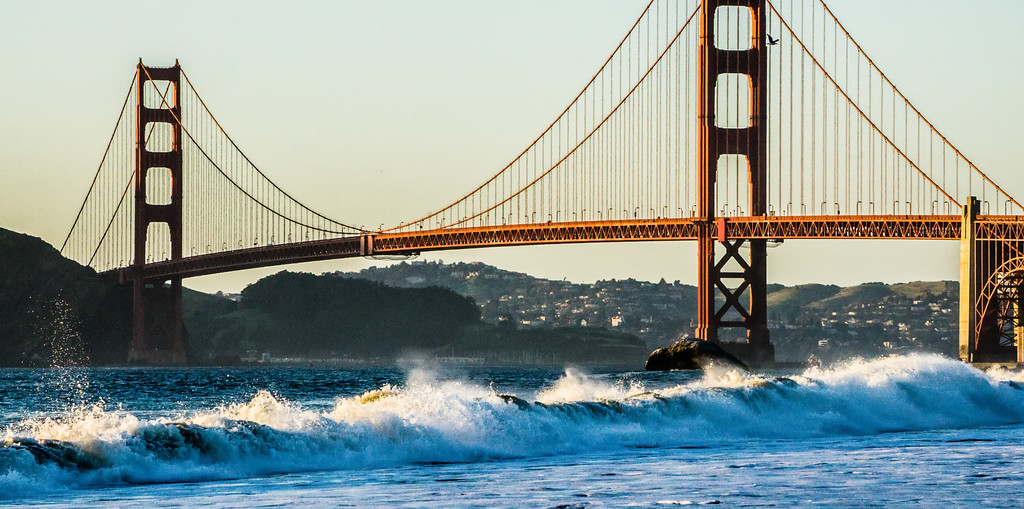 golden gate bridge in its beauty at sunset