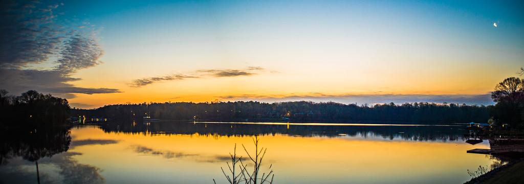 sunriseon lake wylie near belmont NC