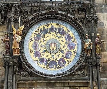 2017 EC Prague Clock cu bottom best-