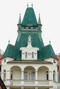 2017 EC Prague Old Jewish Quarter Green roof building -00600