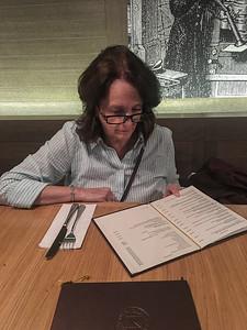 2017 EC phones prague dinner pam menu-