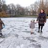 Nederland, Amsterdam, Oosterpark, 22 januari 2017, schaatsen op natuurijs, foto: Katrien Mulder