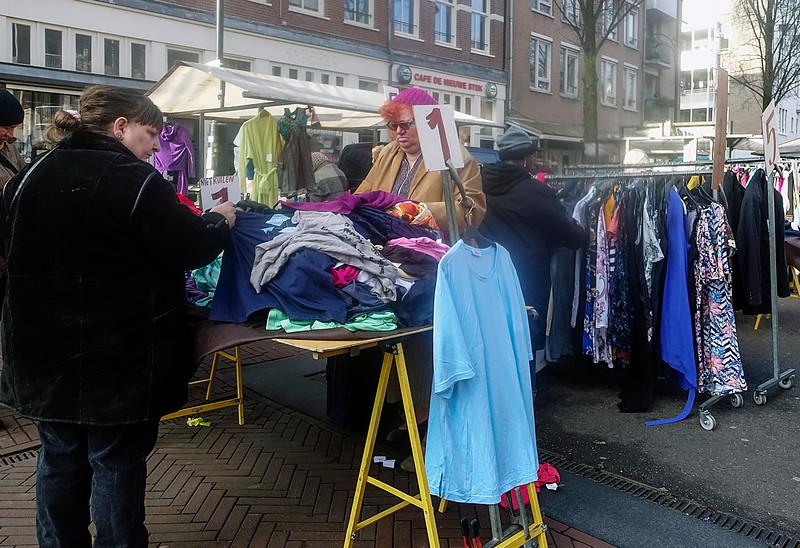 Nederland, Amsterdam, dappermarkt, 31 januari 2017, foto: Katrien Mulder