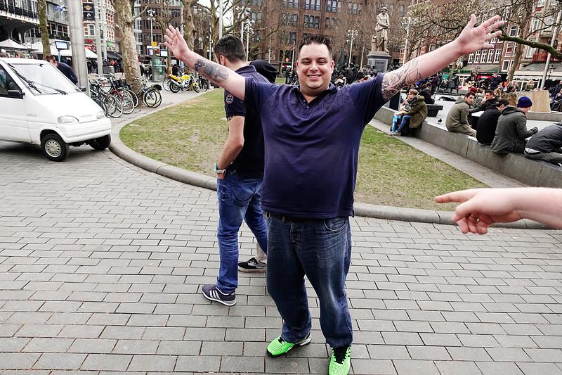 Nederland, Amsterdam, Rembrandtplein, hij is de aanstaande bruidegom!, He is the groom, 4 maart 2017, foto: Katrien Mulder