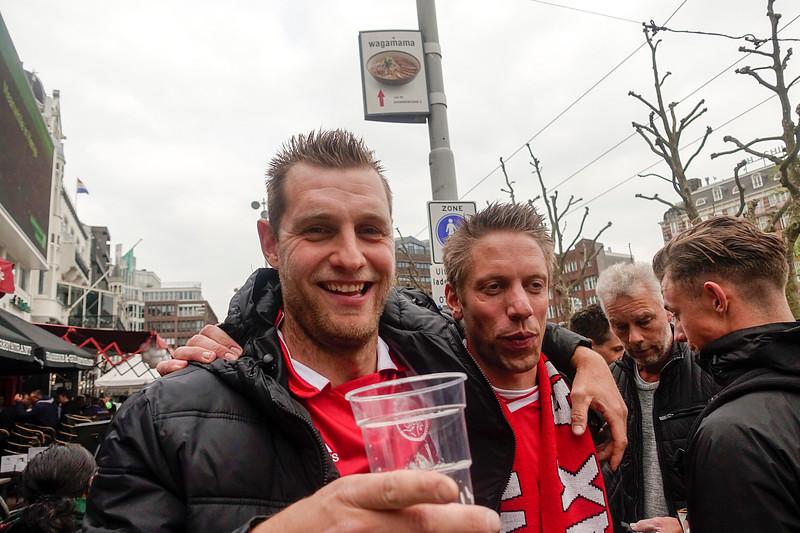Nederland, Amsterdam, 3 mei 2017, Rembrandtplein, voor de wedstrijd Ajax-FC Lyon, foto: Katrien Mulder