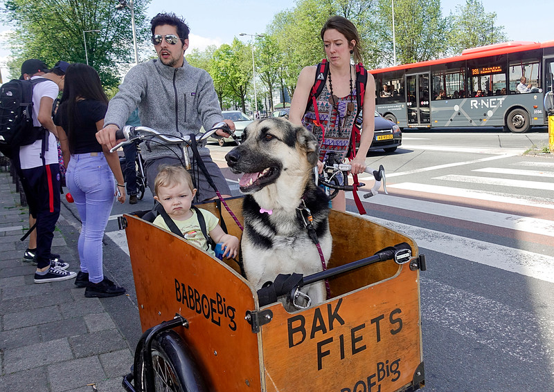 Nederland, Amsterdam, Maika en Moka, 9 juli 2017. foto: Katrien Mulder