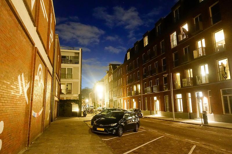 Nederland, Amsterdam, Eerste Boerhaavestraat by night, 23 oktober 2017, foto: Katrien Mulder