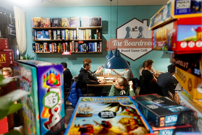 "Nederland, Haarlem, board game cafe ""The Boardroom"" in de Kruisstraat. 16 november 2017, foto: Katrien Mulder"