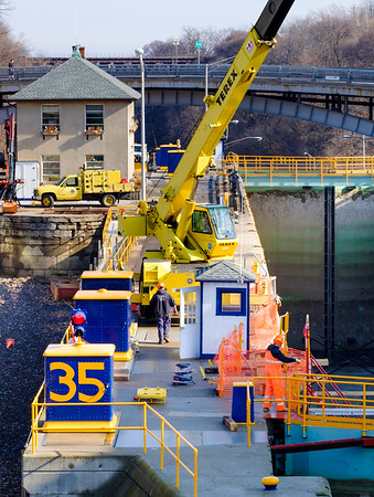 Joed Viera/Staff Photographer-Lockprot, NY- Canal Corp. crews perform routine winter maintenance on Lock 35. Crews are replacing valves and doing maintenance work on the upper gates.