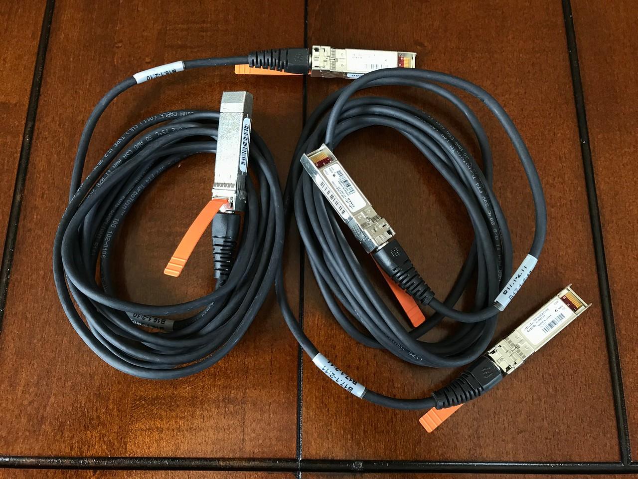 2x Cisco SFP-H10GB-CU3M 10GBe DAC Twinax cables