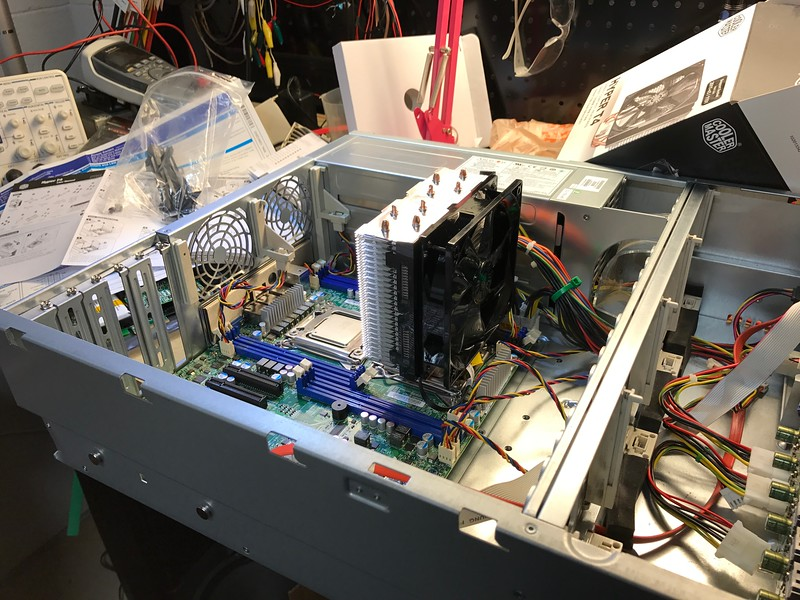 The next roadblock: These CPU coolers were not designed for a rackmount chassis