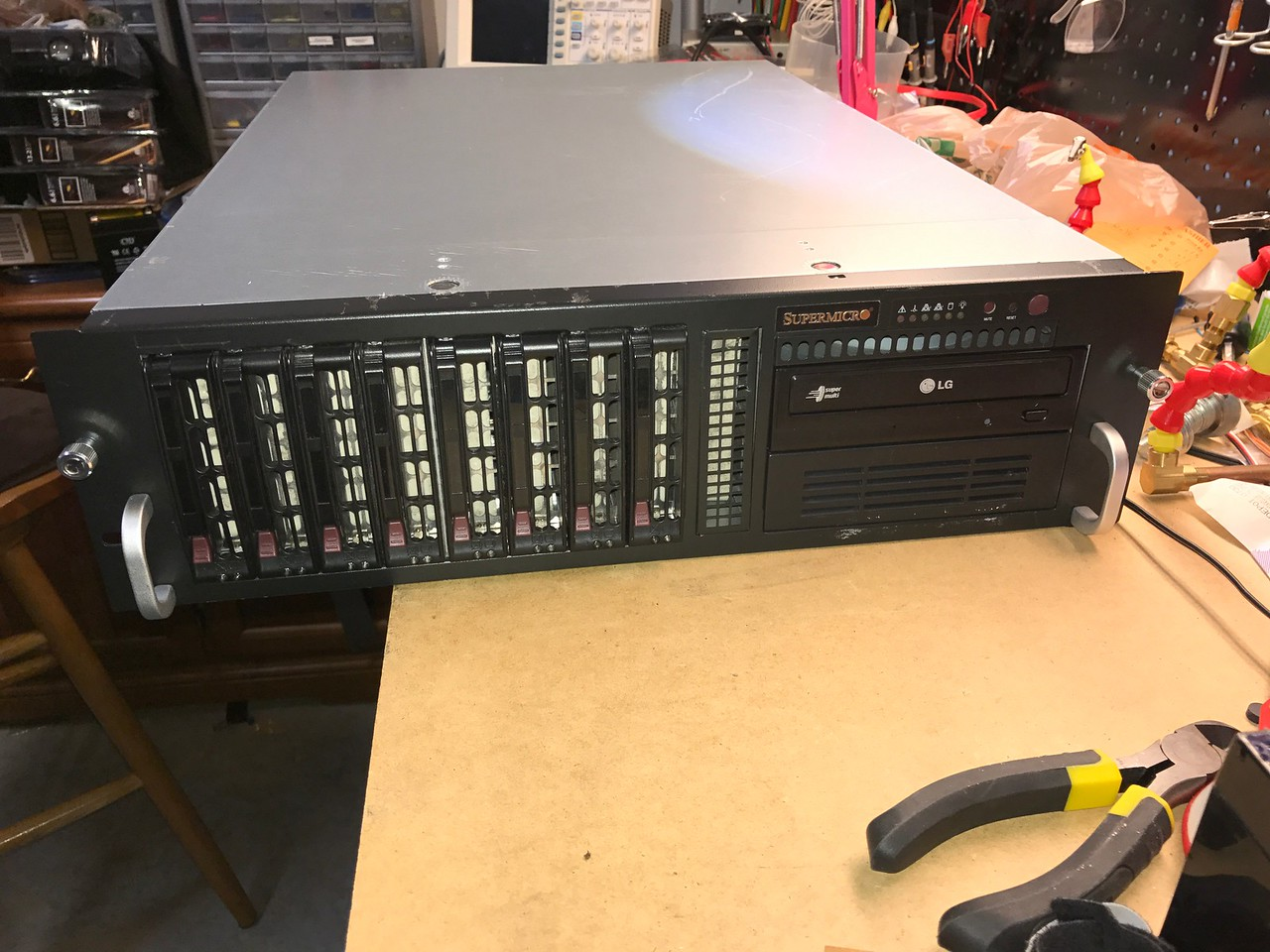 Supermicro SC-833 3U rackmount chassis