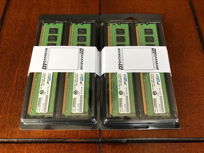 4x 8GB DDR3-1600 ECC RAM. 32GB total