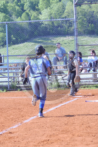 04-25-2017_LASoftball_OCN_MM_22cc