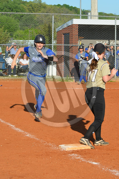 04-25-2017_LASoftball_OCN_MM_36cc