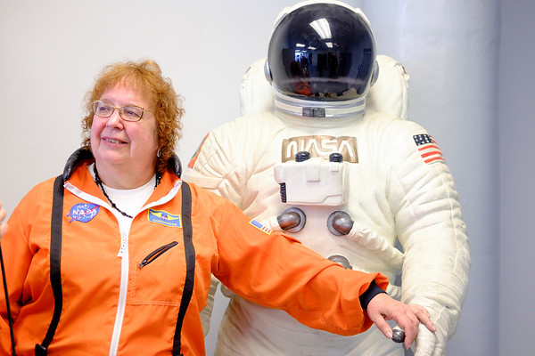 JOED VIERA/STAFF PHOTOGRAPHER-Lockport, NY-  Kathy Michaels Talks to reporters during the Challenger Center's grand opening.