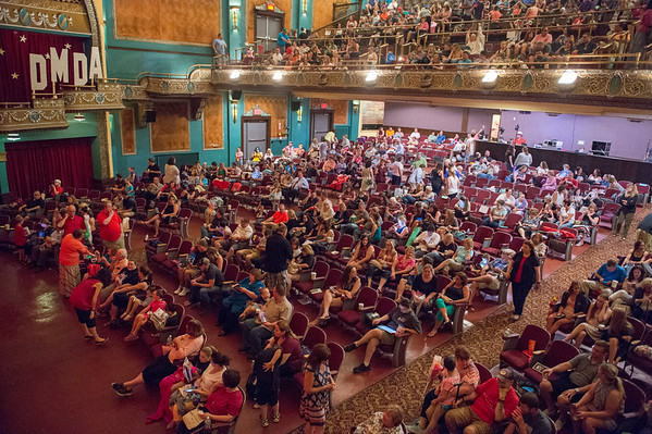 JOED VIERA/STAFF PHOTOGRAPHER- Hundreds fill   the Palace Theatre for Dyan Mulvey's annual dance recital