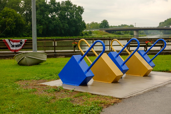 JOED VIERA/STAFF PHOTOGRAPHER-New Bicycle locks at Nelson Groehle Marina.