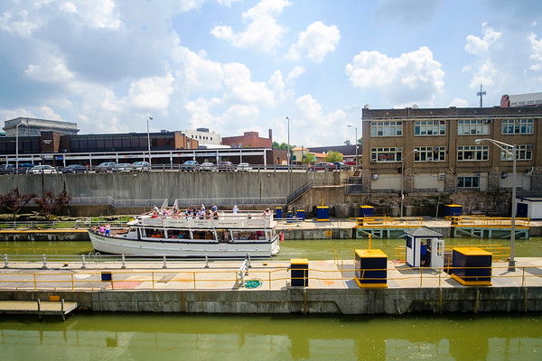 JOED VIERA/STAFF PHOTOGRAPHER-Vistors ride the Lockview V through the Locks during a Canal Cruise.