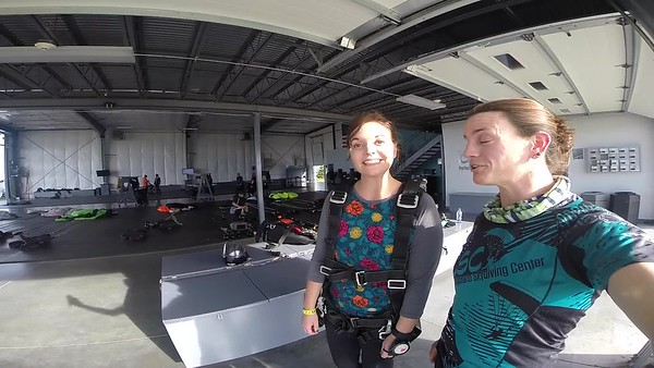 1725 Jennifer Lowe Skydive at Chicagoland Skydiving Center 20171019 Jo Jo