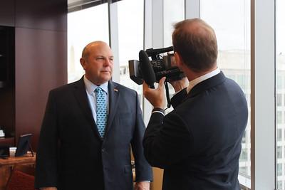 TWILA's Avery Davidson prepares to interview AFBF President Zippy Duvall.