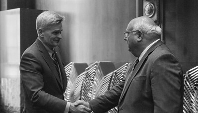 Senator Bill Cassidy and LFBF President Ronnie Anderson shake hands after a very productive meeting.