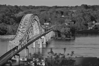 DA096,DB,Mississippi bridge