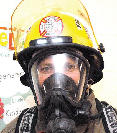 2017 Vinton firemen visit Tilford Elementary School