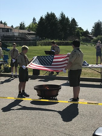 20170528 - Flag Retirement