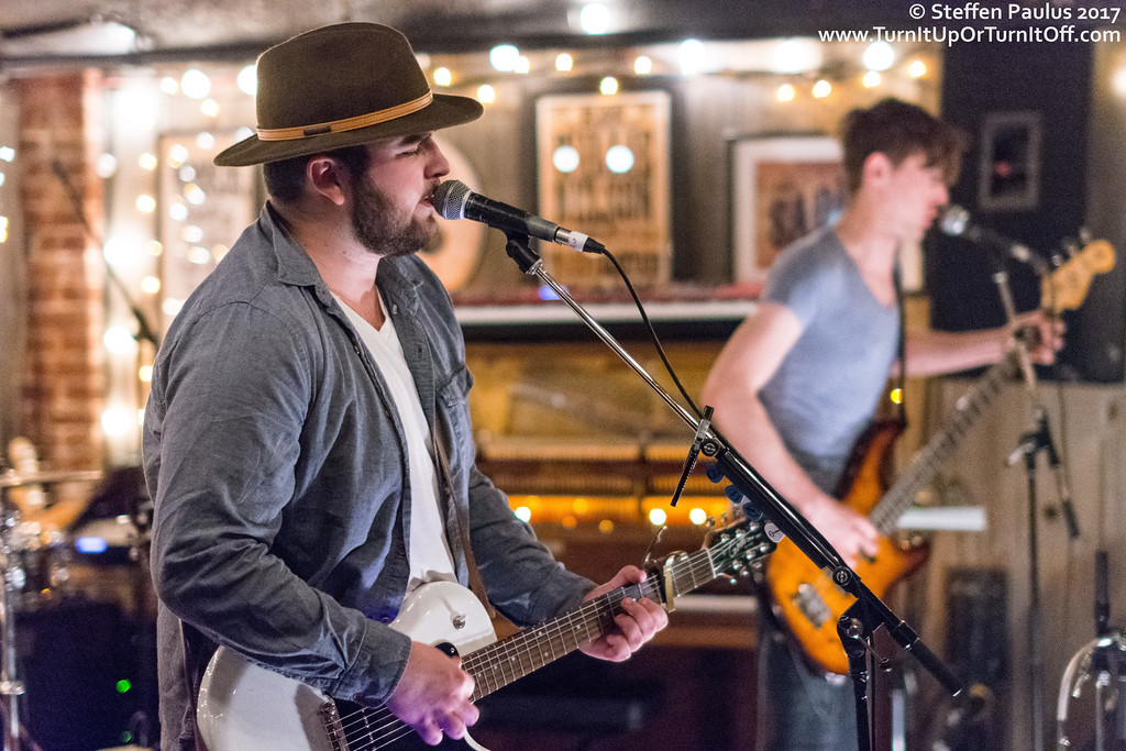 Dan Taylor Band @ Dakota Tavern, Toronto, ON, 8-June 2017