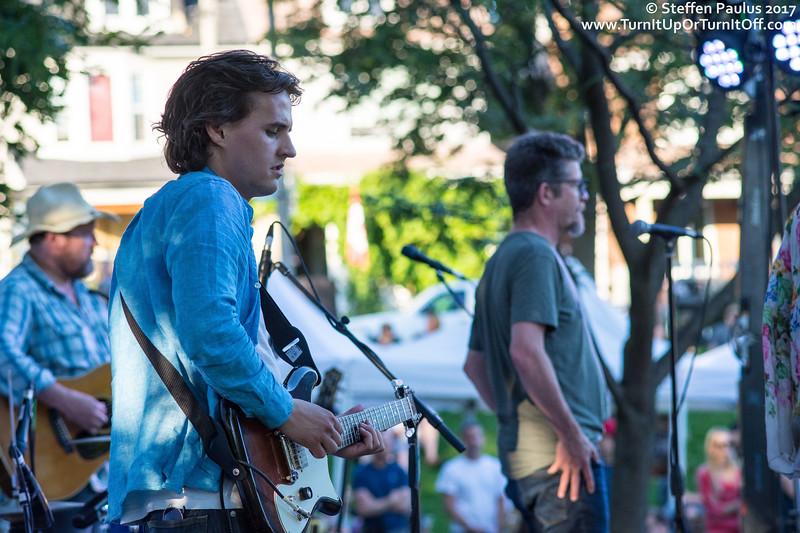 Skydiggers @ East Lynn Park, Toronto, ON, 5-July-2017