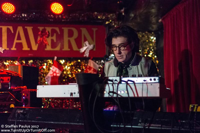 NQ Arbuckle @ Horseshoe Tavern, Toronto, ON, 14-Dec 2017