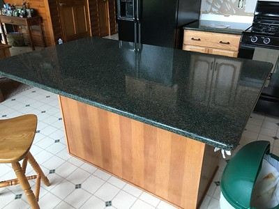 PAM'S NEW QUARTZ COUNTERTOPS AT CABIN