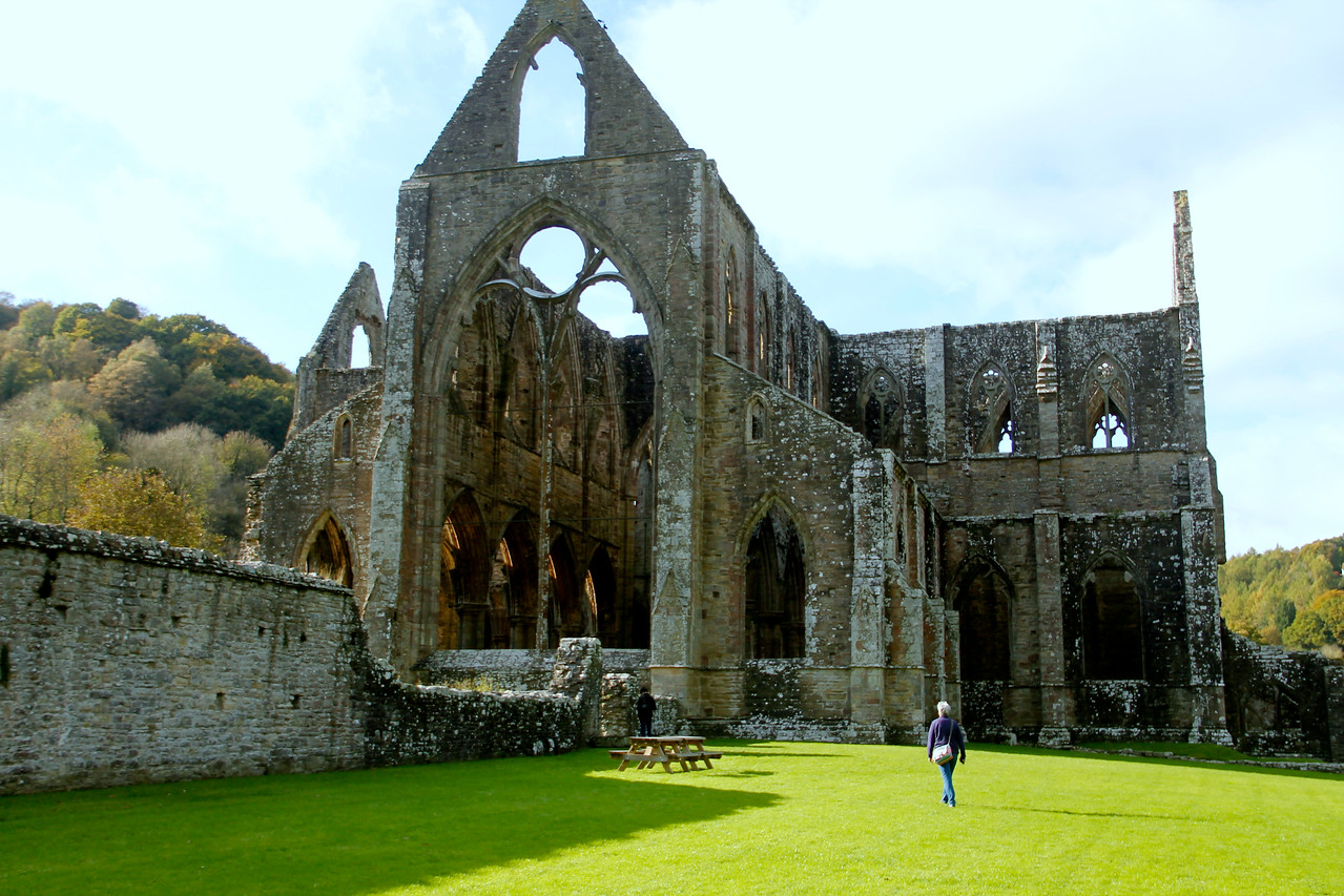Stop at Tintern Abbey on our way home