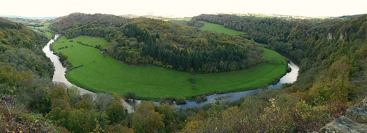 View from the rock at Symonds Yat overlooking the Wye Valley