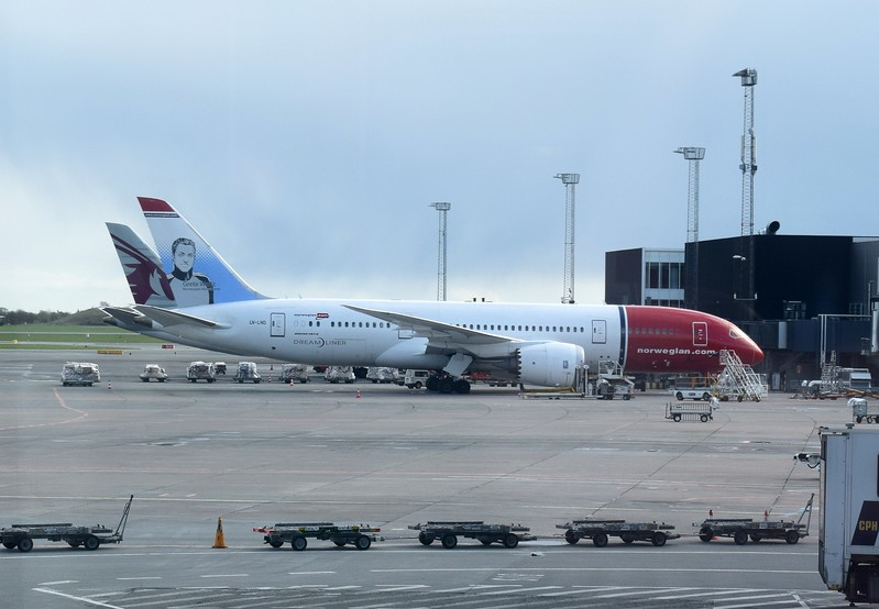 Norwegian Long Haul Boeing 787 Dreamliner LN-LND at Copenhagen Airport on a flight to New York.