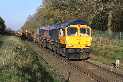 66773 Oakley 08/04/17 6G15 Woking to Eastleigh