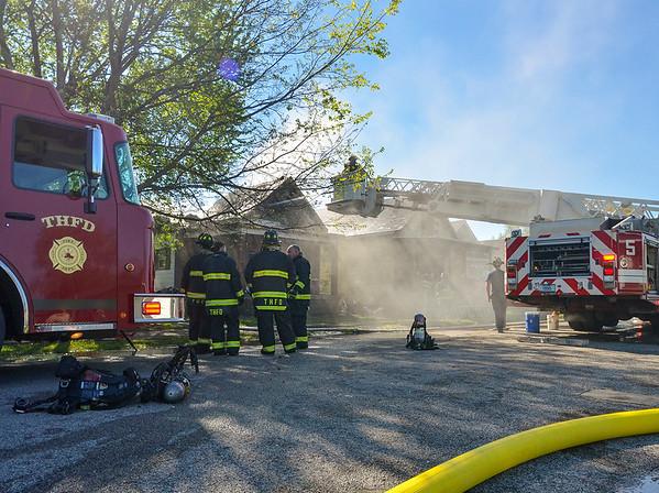MET 042317 FIRE FRONT