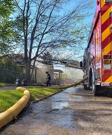 MET 042317 FIRE VERTICAL