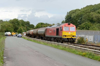 18 August 2017 :: 60091 arrives at Westerleigh with 6B13 from Robeston