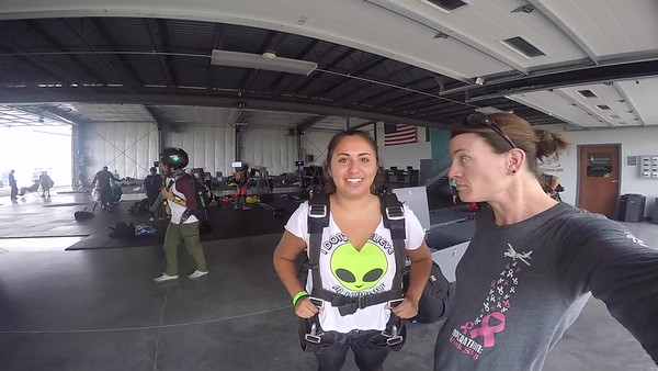 1419 Carly Fusco Skydive at Chicagoland Skydiving Center 20170821 Jo Jo